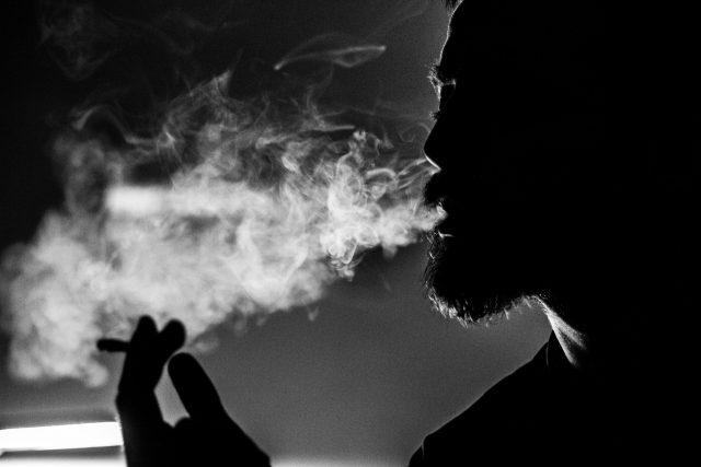 smoking-marijuana-cigarette-addiction-gateway-drug-abuse