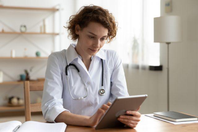 remote-drug-rehab-online-doctor-addiction-treatment-coronavirus-pandemic-quarantine