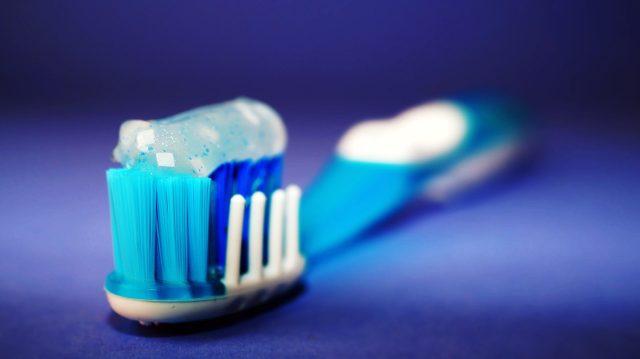 how-drug-use-affects-teeth-meth-cocaine-ecstasy-marijuana-tobacco-gum-disease